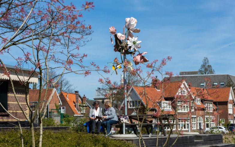 2-Kunstwerk-van-Linda-Nieuwstad-in-de-Hortus-Botanicus--22042015-091